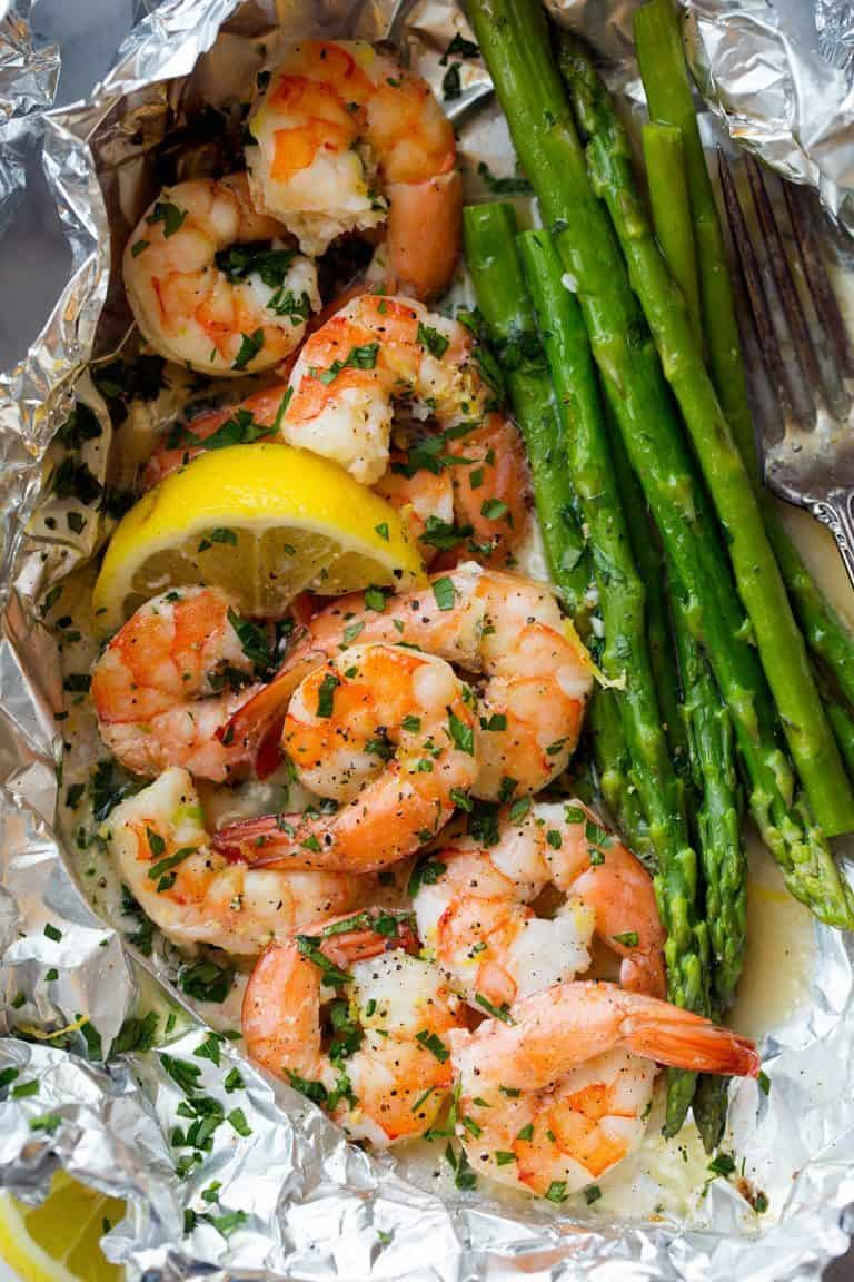 shrimp and asparagus with lemon foil pack