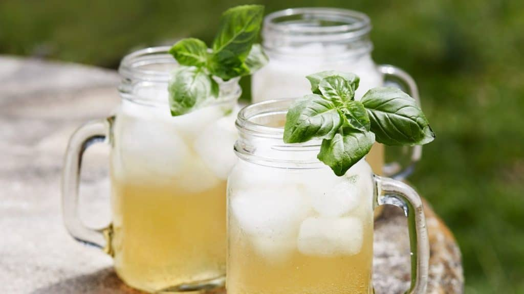 Summer Cocktails with Bourbon